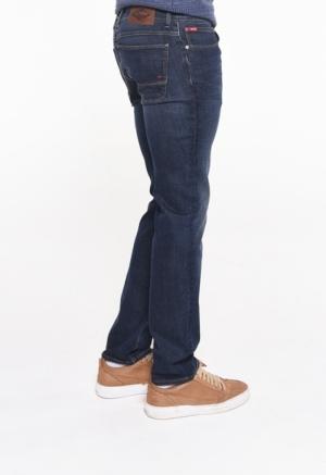 Slim fit - medium waist Used