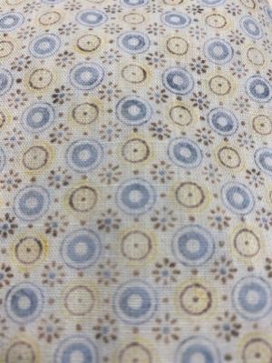 Bruine knoopjes  Yellow ° Blue