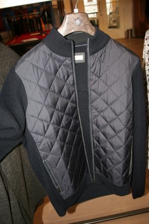 Indoor jacket - Quilt stiksels logo