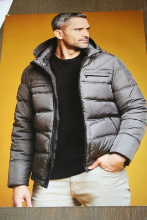 Comfort jacket met kap logo